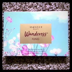 Wandress by Wander Beauty Eyeshadow Palette